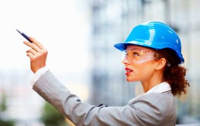 Женщина и строительство